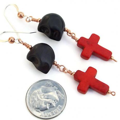 Skull and crosses earrings for women.