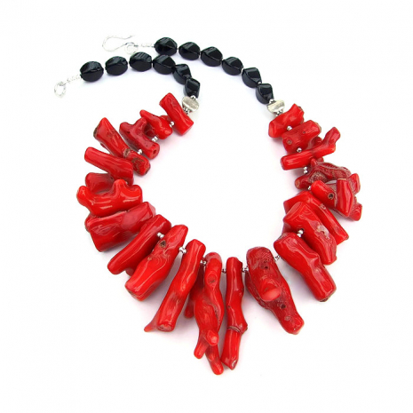 Red coral and black onyx necklace.