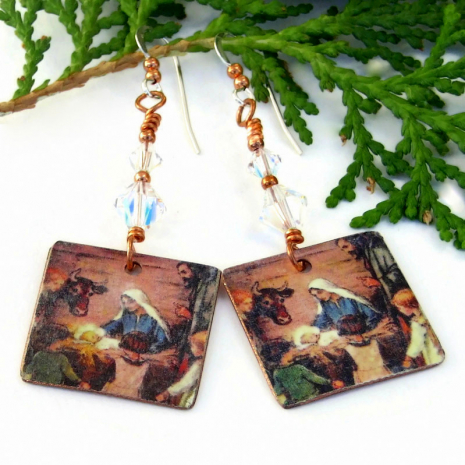 baby jesus in manger christmas jewelry gift