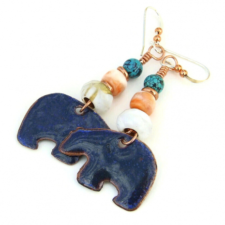 back side of heartline bear charm earrings