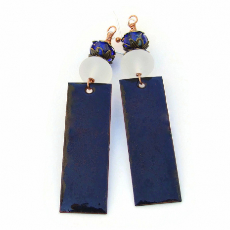 backside of blue flowers earrings