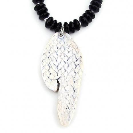 backside of sleipnir viking horse pendant