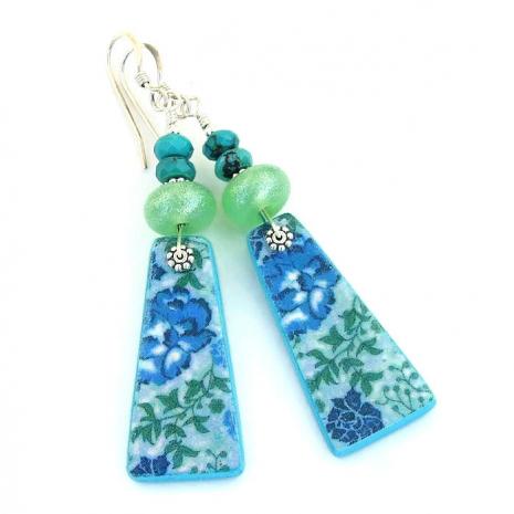 Handmade flower fashion jewelry for women.