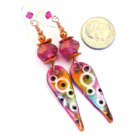 Unique handmade spike earrings with fuchsia pink.