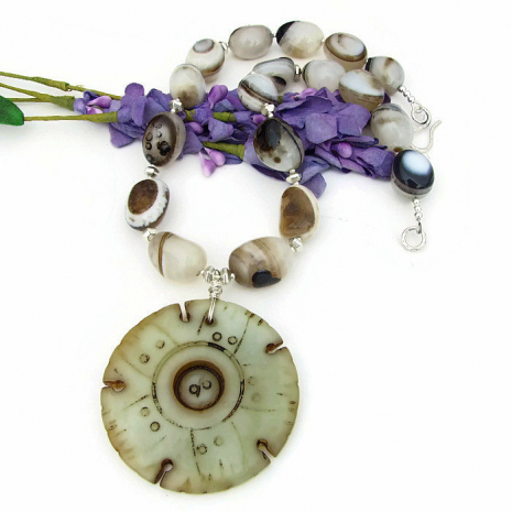 Jade and banded eye agate necklace