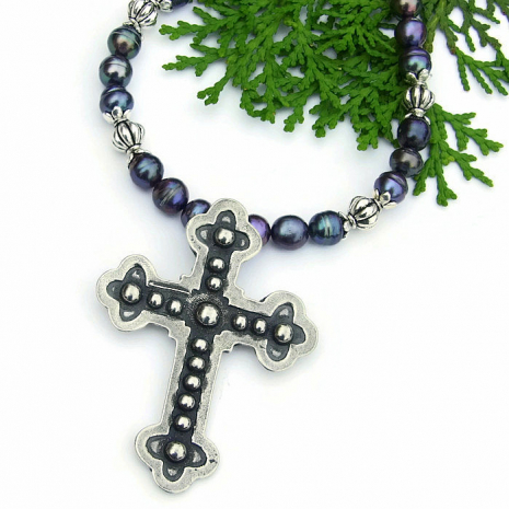 cross jewelry for Christian women