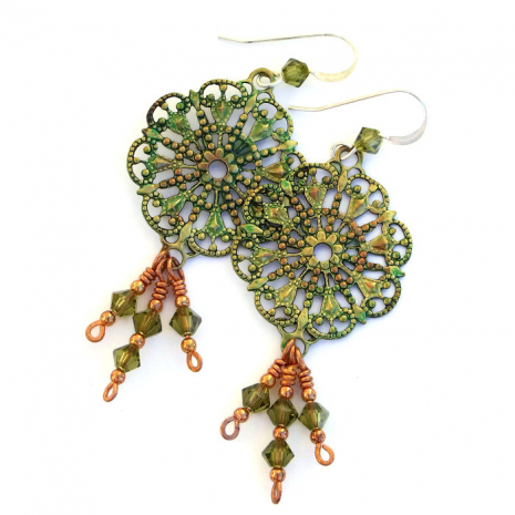 Vintage style handmade filigree earrings.