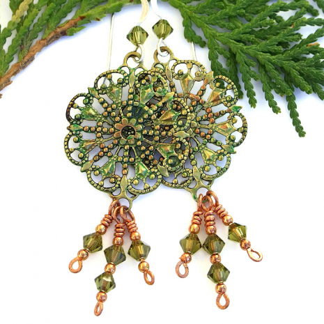 Lovely vintage inspsired filigree jewelry for women.
