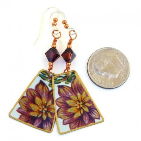 Vintage tea tin flower jewelry.