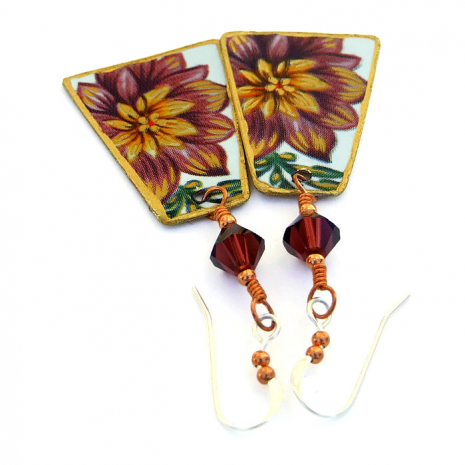 Flower earrings for women.