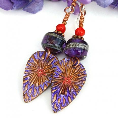 Flower earrings.