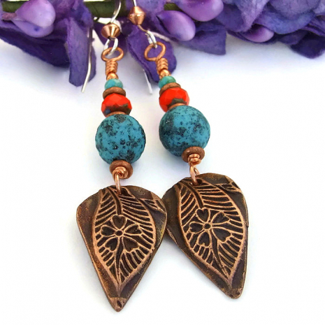 Leaf and flower earrings.