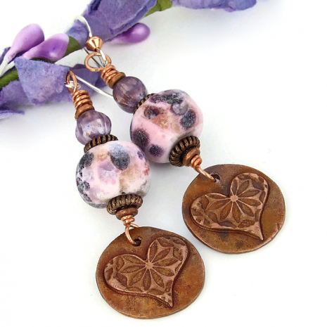 Heart and flowers earrings.