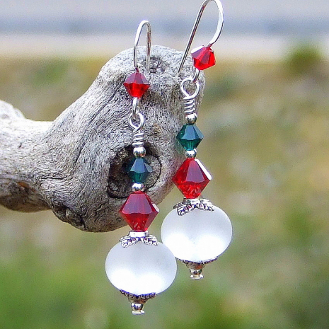 White, red and green Christmas earrings.