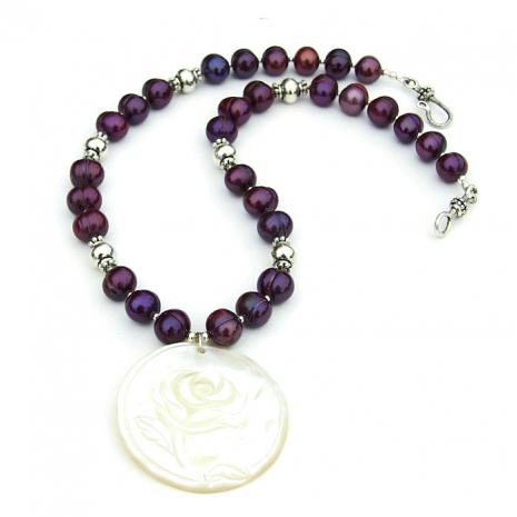 valentines flower necklace for women.