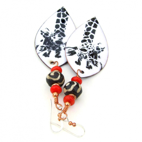 giraffe jewelry black white red