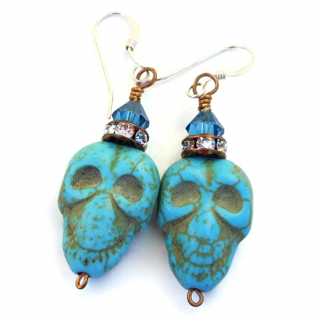 handmade skull earrings halloween turquoise magnesite crystals