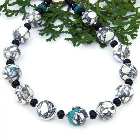 black and white gemstone jewelry