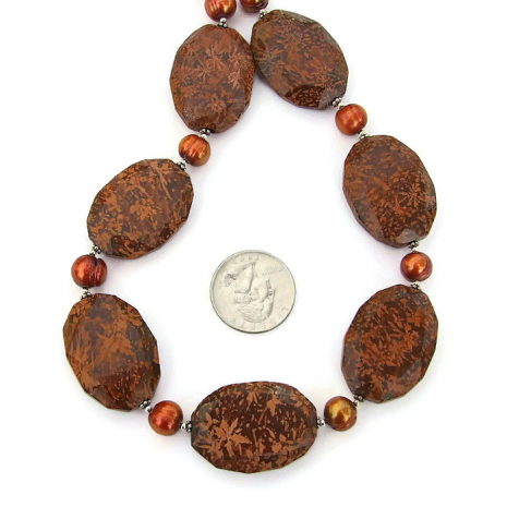 Jasper and pearls artisan necklace.