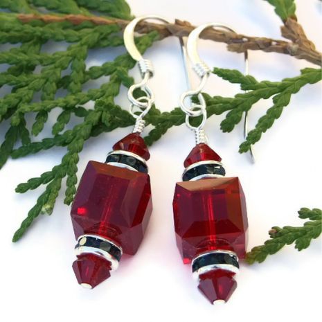 holiday christmas red and green swarovski crystal earrings
