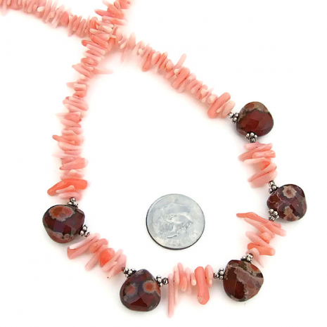 The perfect gemstone and coral necklace to wear on your trip to the beach.