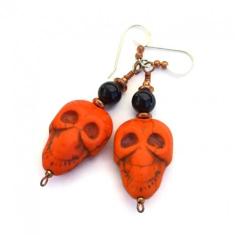 Dia de los Muertos skull earrings for women.
