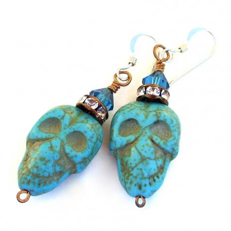 handmade skull jewelry halloween turquoise magnesite crystals