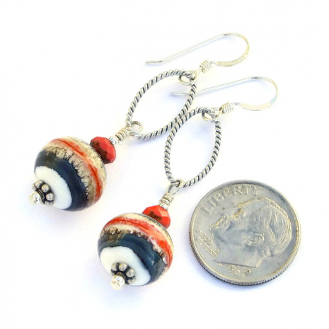 Beautiful Southwest inspired lampwork dangle earrings.
