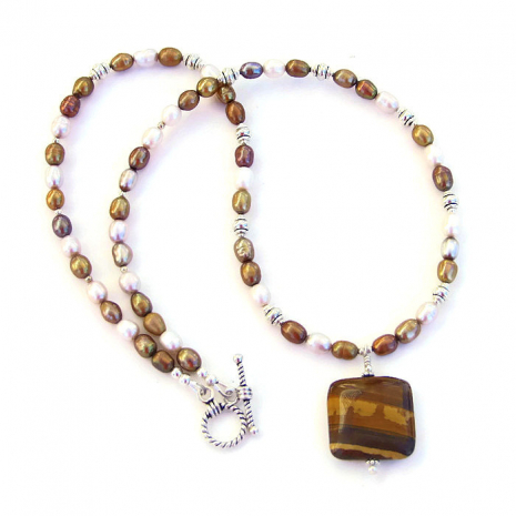 Petrified wood necklace with pearls.
