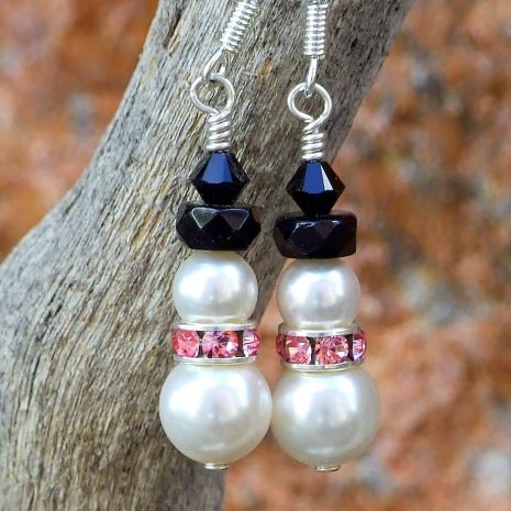 breast cancer survivor snowmen earrings with pink
