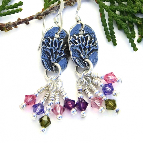 Spring flower earrings for women.
