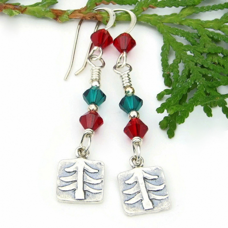 trees red green crystals earrings Christmas holidays