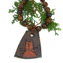 chunky cat lover pendant necklace with tigers eye