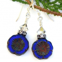 Cobalt blue flower earrings.