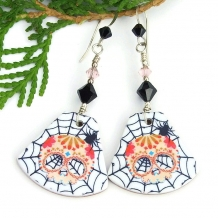 sugar skull earrings with spiders