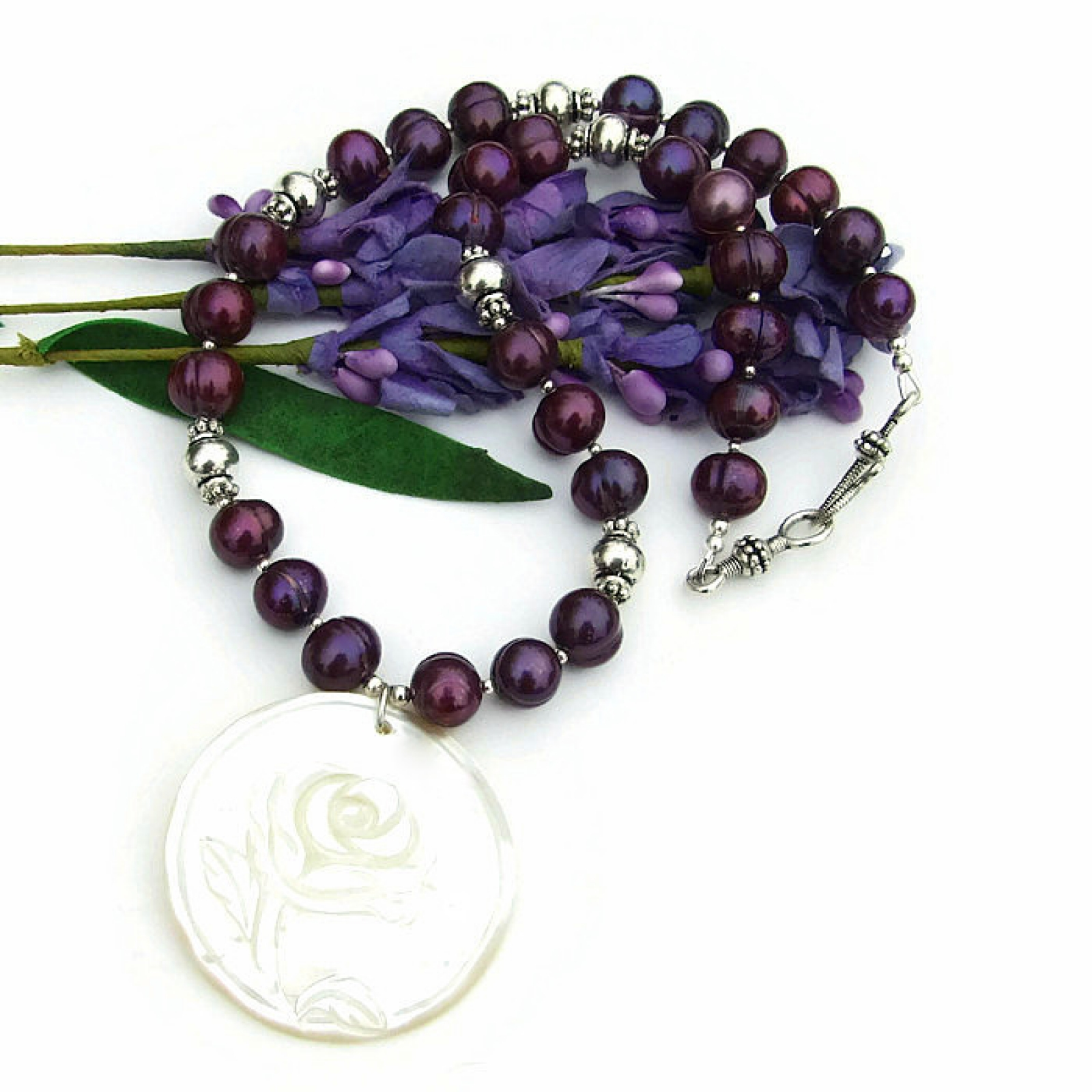 Mother Of Pearl Rose Pendant Necklace Purple Pearls