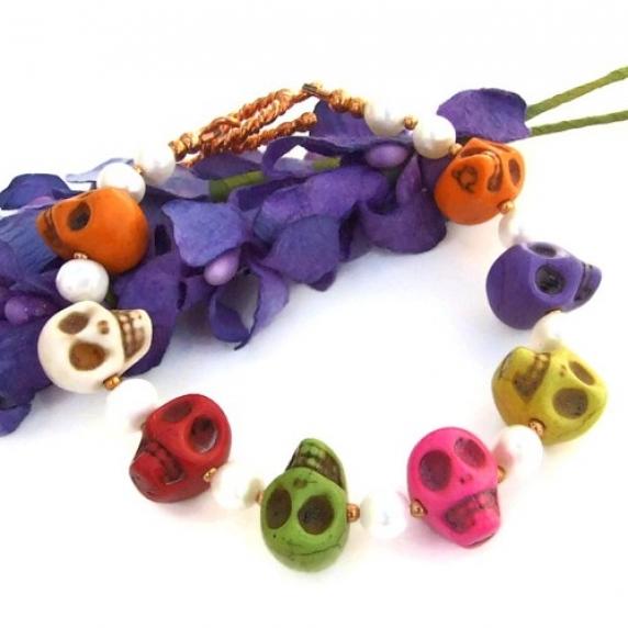 day_of_the_dead_halloween_skull_handmade_bracelet_pearls_jewelry_ooak_3e651d64.jpg