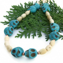 SKULL-LISCIOUS - Day of the Dead Halloween Skull Necklace, Handmade Turquoise Coral
