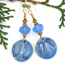 """Fiori Blu"" - Blue Daisy Flower Handmade Earrings, Polymer Clay, Swarovski, Artisan Jewelry"